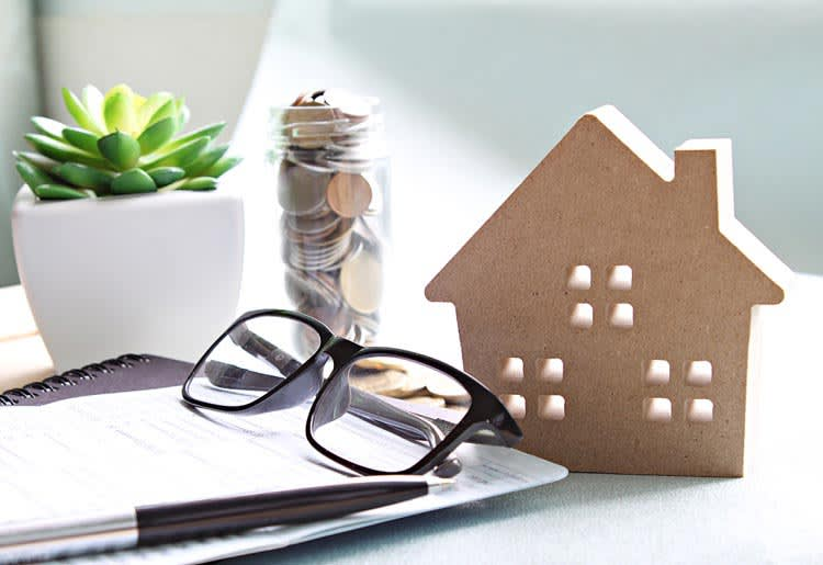Compare refinance lenders to find the best one for you