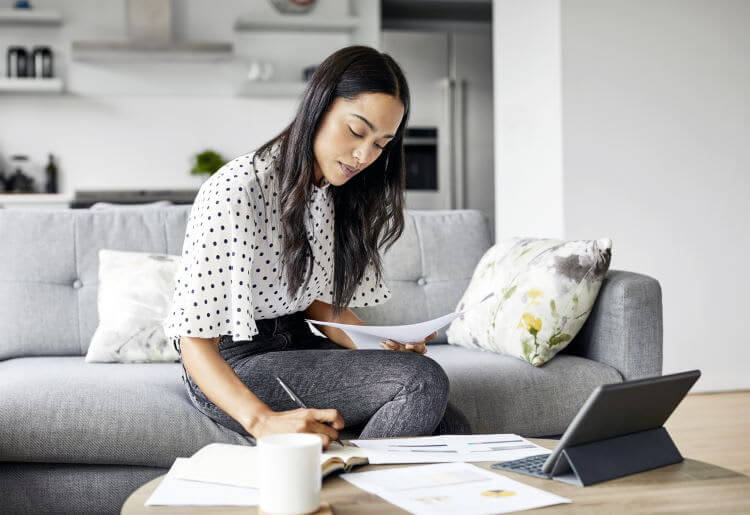 10 Essential Budgeting Hacks to Help You Save Money for Good