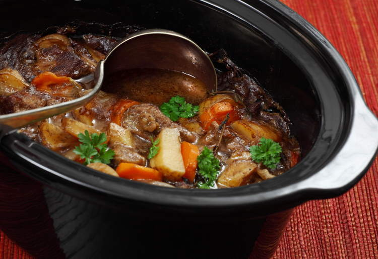 10 Crock Pot Meals for Winter You Can Easily Make at Home
