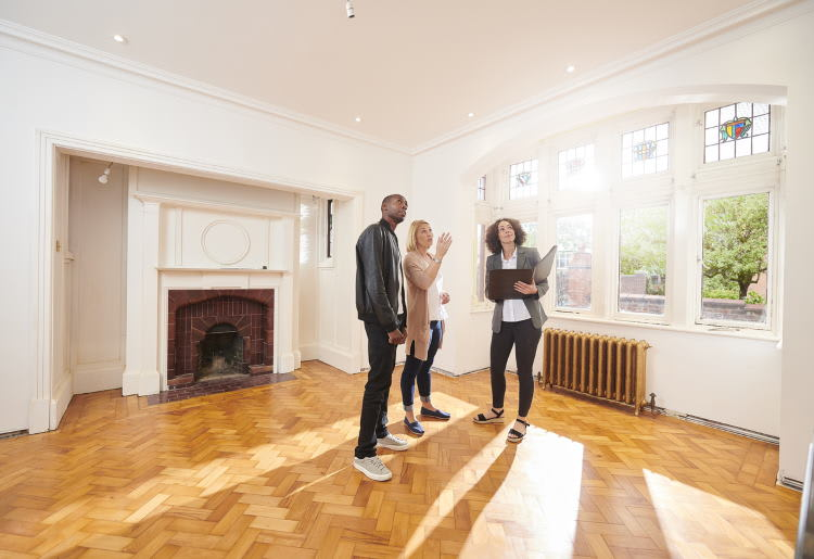 The Top 10 Red Flags To Look Out for When Buying a House and How To Avoid Them