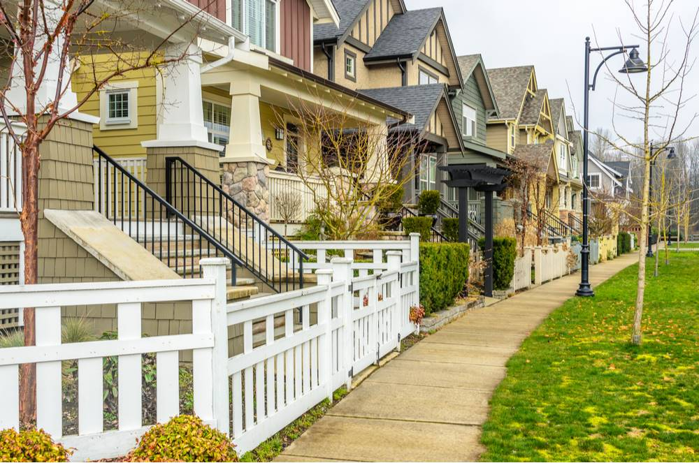 Compare refinance lenders to find the right  one for you