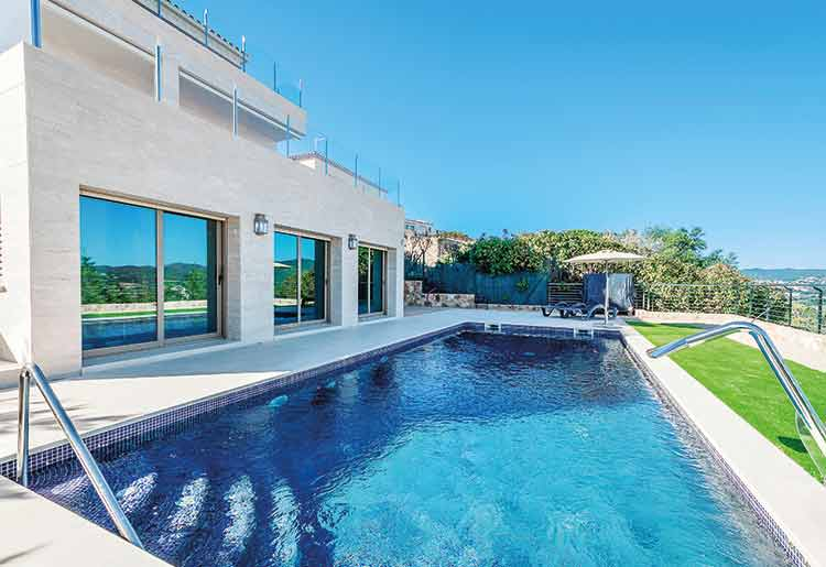 Building your dream pool could become a reality with the help of a personal loan